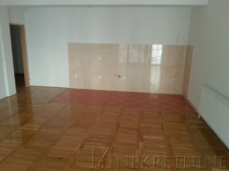 l_kragujevac, stan 2, dnevna s kuhinjom